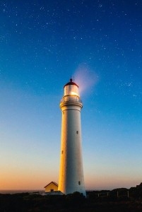 lighthouse-820431_640